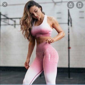 Gymshark ombré seamless bra and leggings set